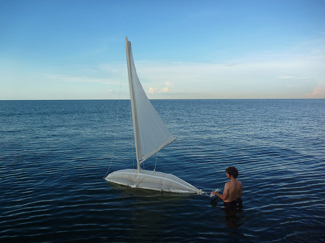 Visual of Protei, the Sail Bot that Cleans Up Oil