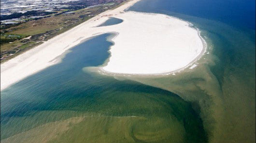 Visual of Sand Engine Reinforces Dutch Coastline