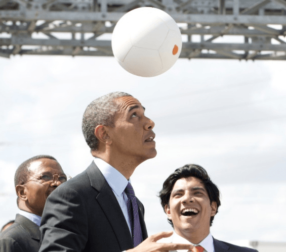 """Visual of """"Soccket"""" Ball Generates Free Electricity"""