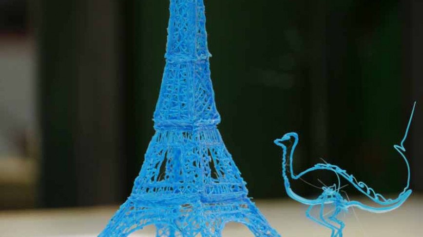 Visual of 3Doodler, a Pen for Drawing in the Air