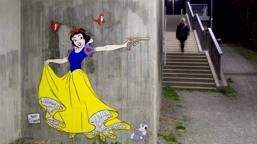 Visual of Disney Princesses Fight Against Cliché