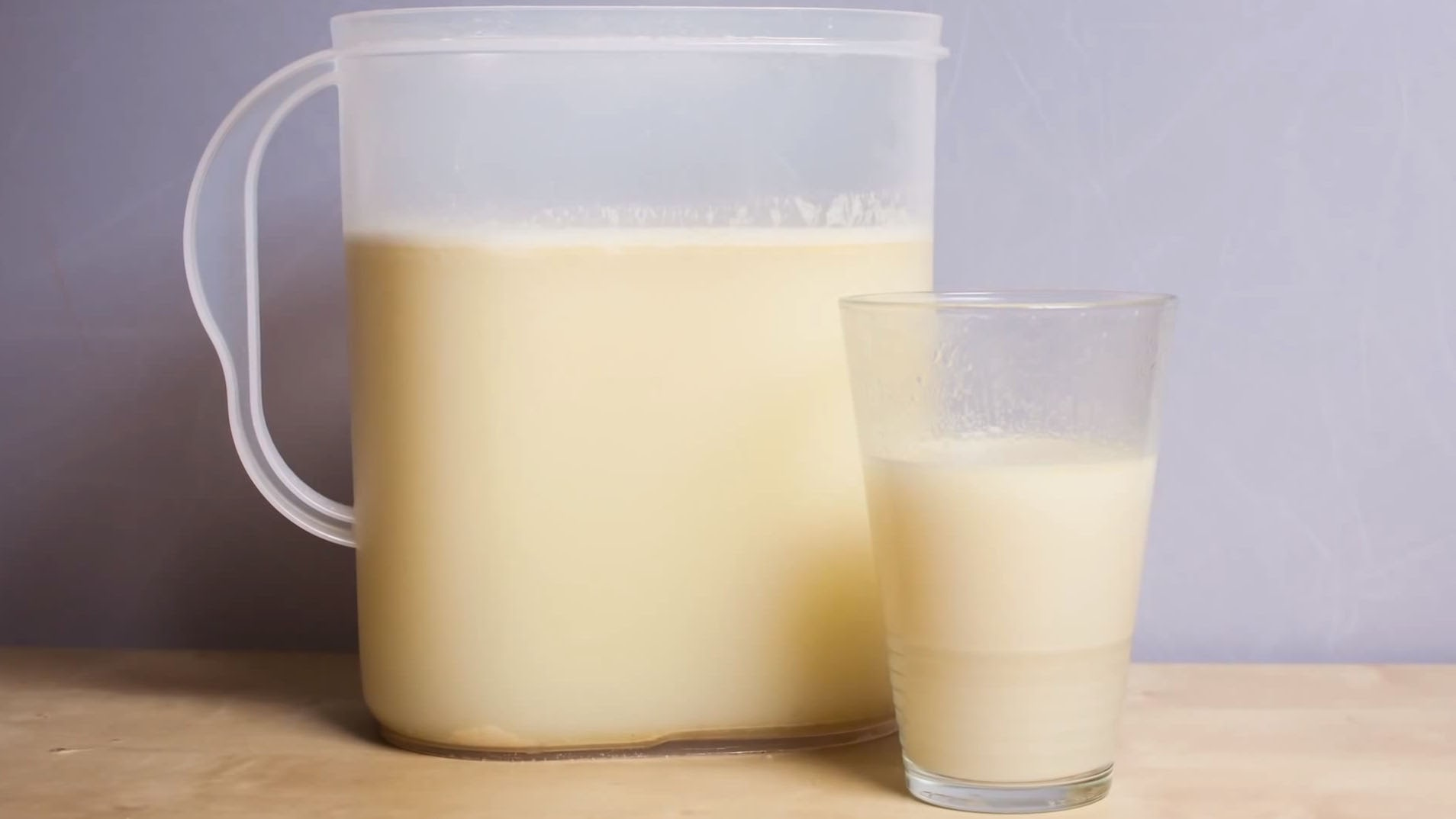 """Visual of """"Soylent"""" Liquid Meals Will Save the World"""