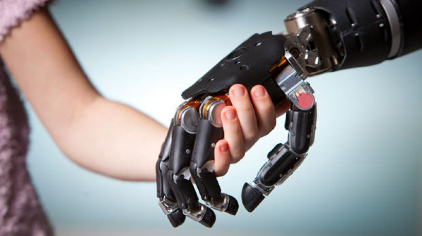 Visual of The Artificial Touch-Sensitive Hand