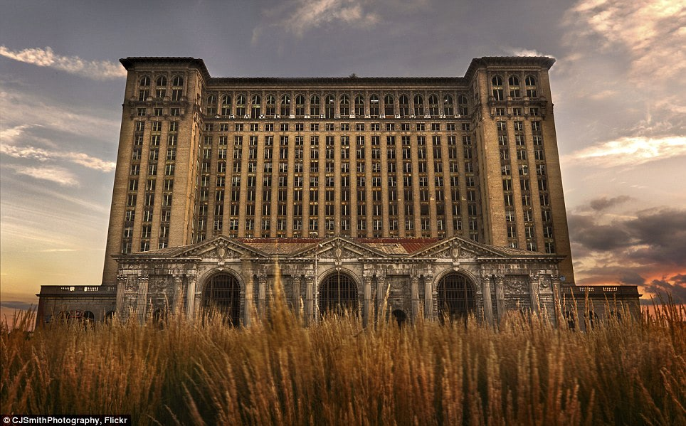 Visual of Turning Detroit into Farms and Forests