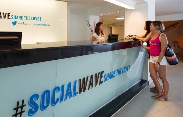 Visual of Twitter Gets Real in the Form of a Hotel