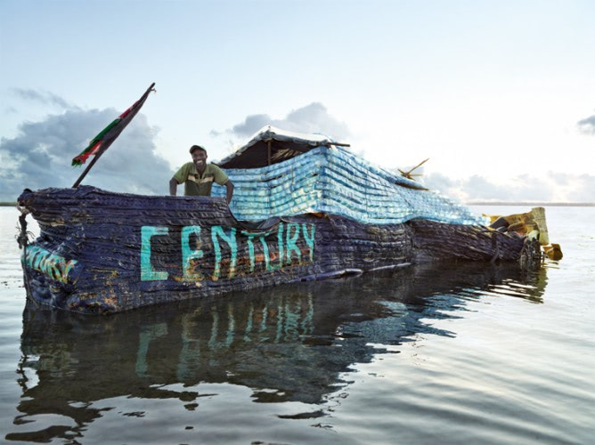 Visual of Building a Boat with Marine Plastic Trash