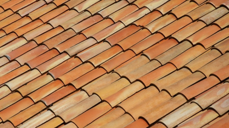 Visual of Cleaning the Air with Roof Tiles
