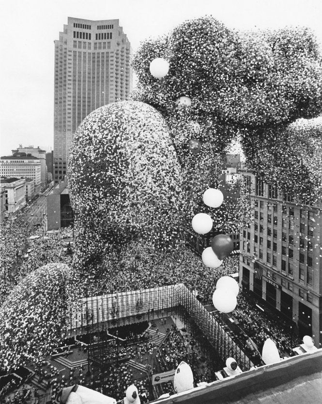 That Time Cleveland Released 1.5 Million Balloons and Chaos Ensued10