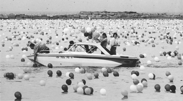 That Time Cleveland Released 1.5 Million Balloons and Chaos Ensued9
