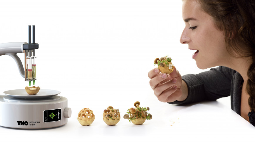 Visual of Interview: Chloé Rutzerveld, Designer Who Wants to Grow Healthy 3D Printed Food