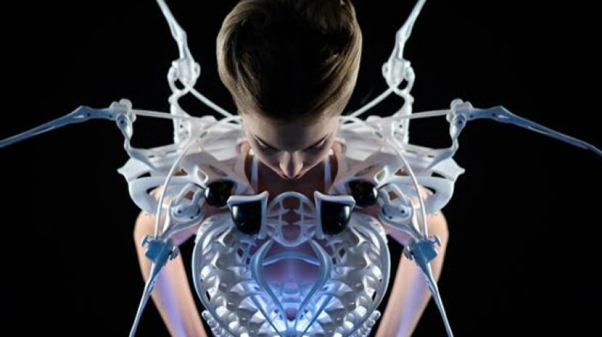 Visual of The Robotic 3D Printed Spider Dress
