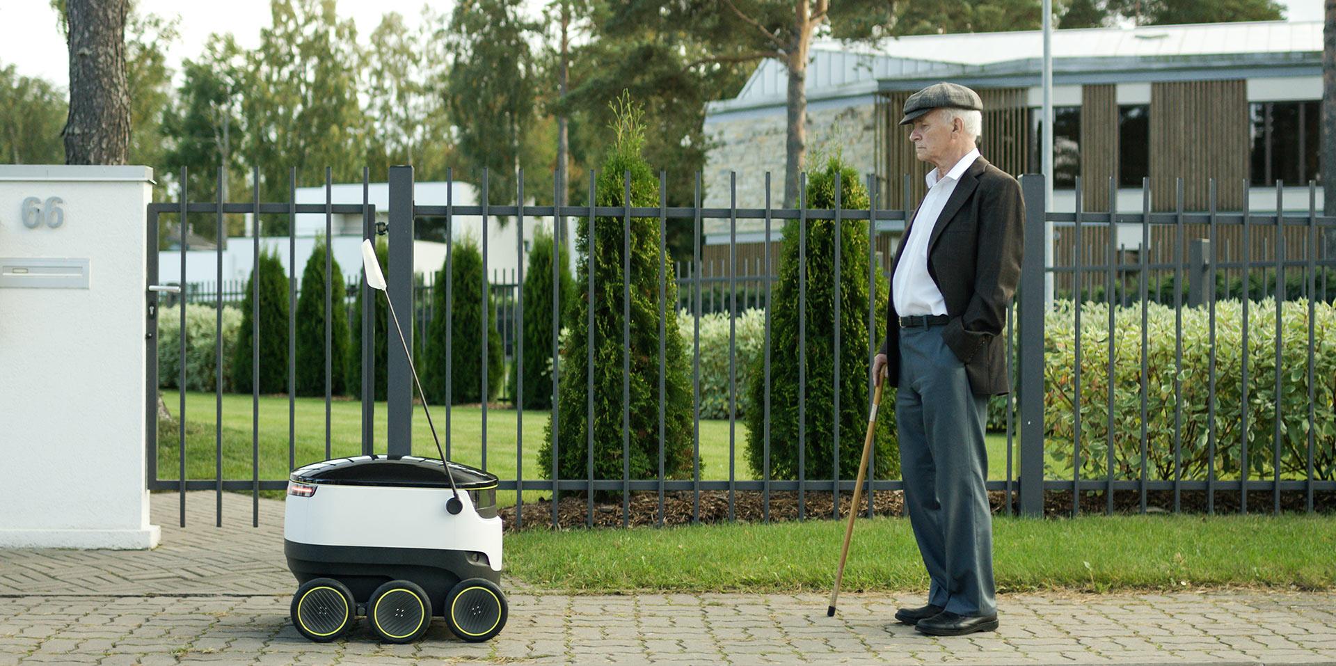 Visual of Local Deliveries: Robots or Drones?