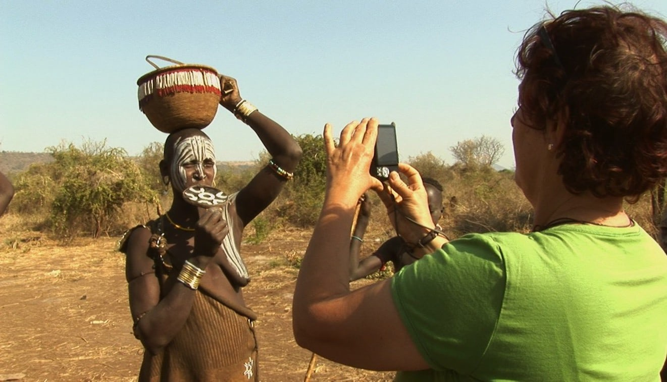 Visual of Tourism's Impact on Indigenous Tribes