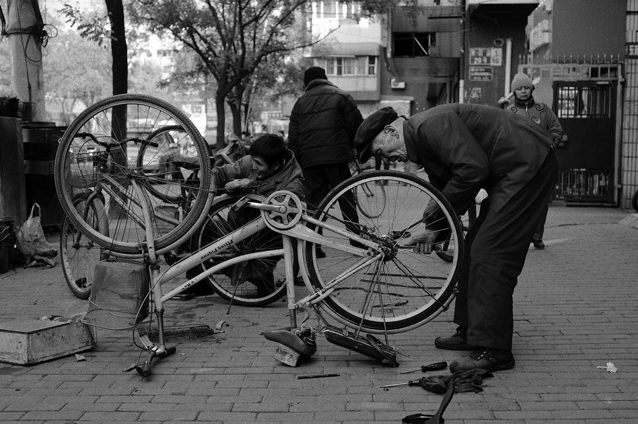 Visual of Swedish Government Rewards Citizens Who Repair Instead of Throwing Away