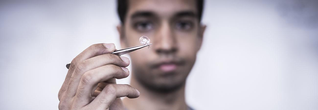 Visual of Talking Contact Lenses