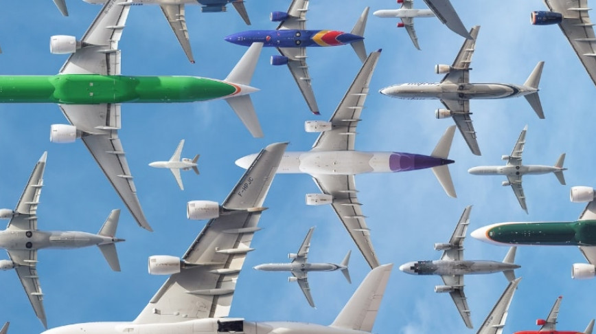 Visual of One Day of Air Traffic