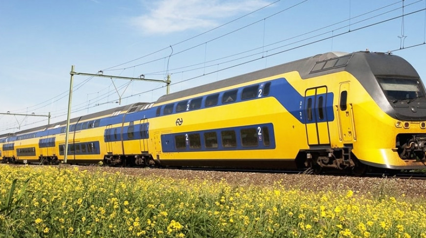 Visual of Dutch Trains Now Run on Wind Power