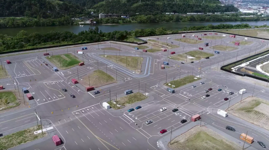 Visual of A Fake City for Real Self-Driving Cars