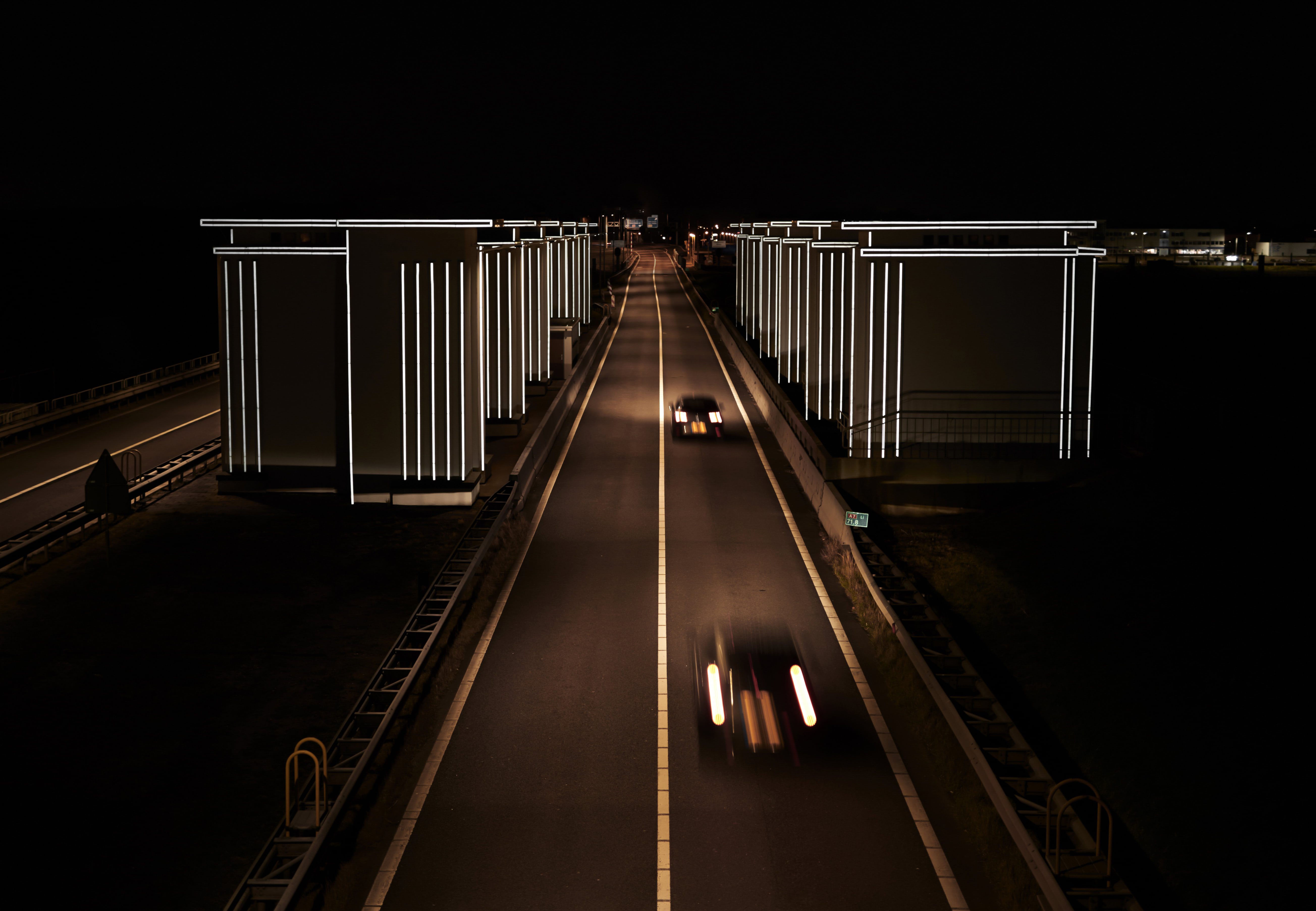 Visual of Celebrating Dutch Water Protection: <br> Last Weeks to See 'Gates of Light'