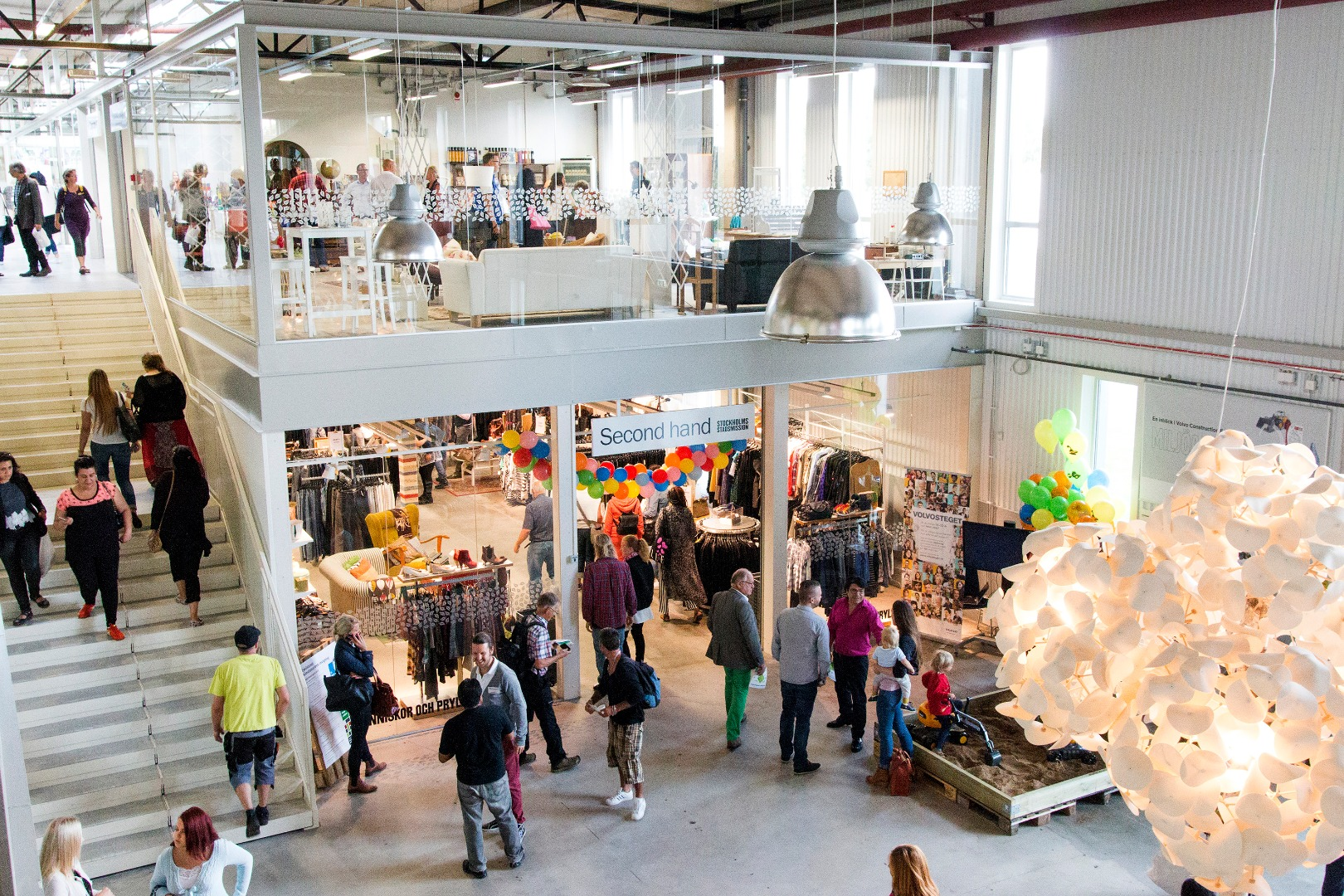 Visual of ReTuna: the Shopping Mall Selling Nothing but Recycled Products