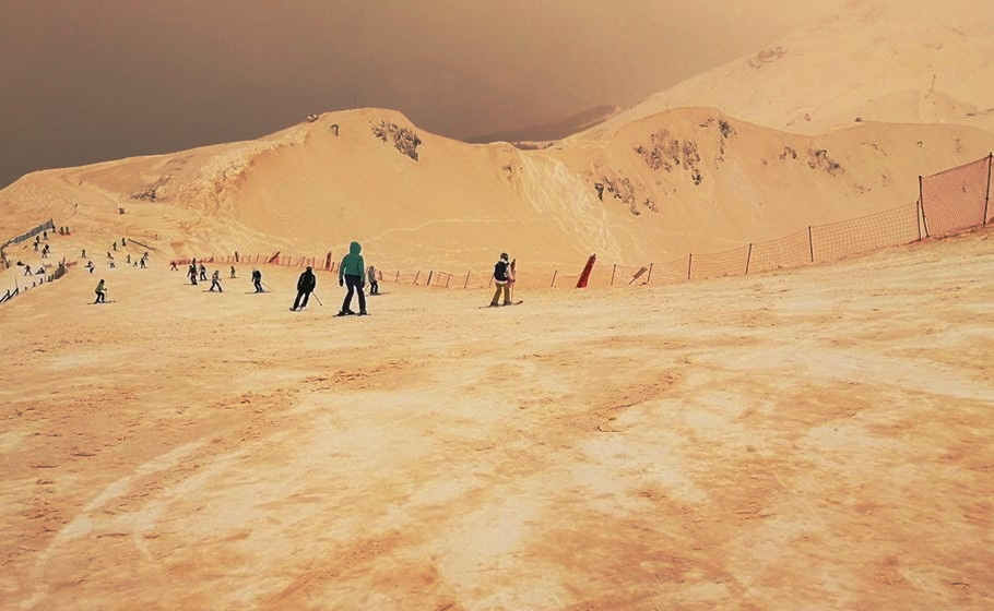 Visual of Skiing on Mars? It's possible!