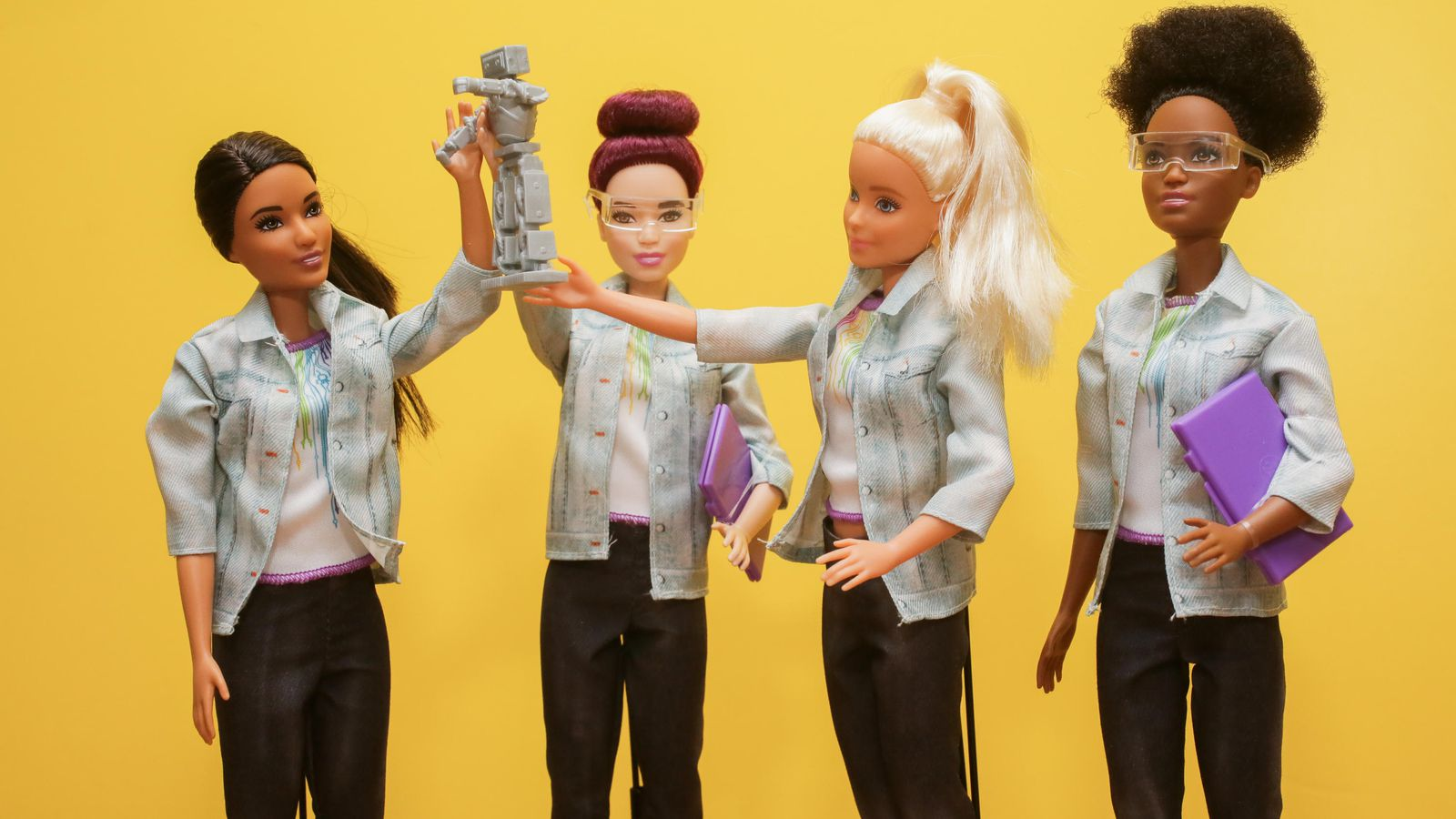 Visual of A guide to parenting with AI Barbie