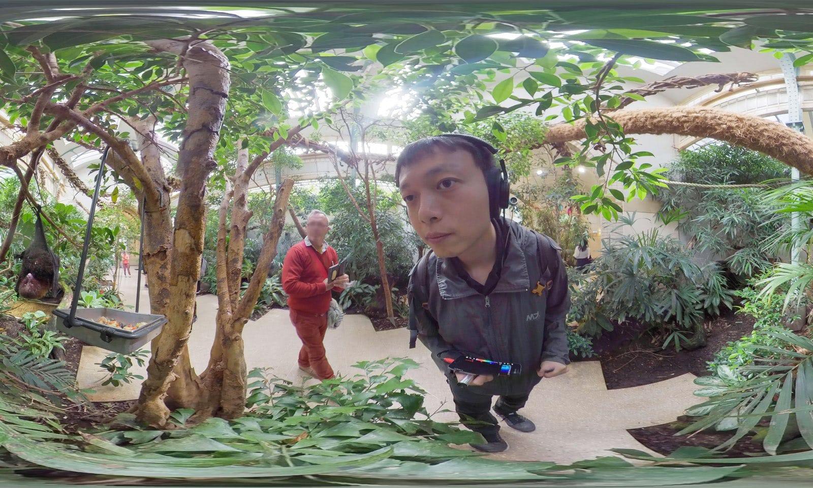 Visual of Next Generation: Sheng-Wen Lo hears ultrasound waves like pets do